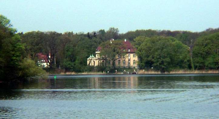 Villa Borsig am Tegeler See in Berlin