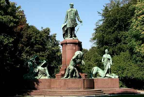 Bismarck Nationaldenkmal am Grossen Stern